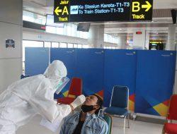12 WNA India Positif Covid-19 Bisa Lolos Masuk Indonesia, Ini Penjelasan Kemenkes