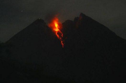 Penampakan Gunung Merapi pada Senin pagi (10/5/2021). Foto: Balai Penyelidikan dan Pengembangan Teknologi Kebencanaan Geologi (BPPTKG)