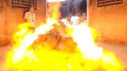 Badan Narkotika Nasional Provinsi (BNNP) Lampung, memusnahkan barang bukti narkotika jenis ganja seberat 247,5 Kg dan sabu-sabu seberat 5,22 Kg dengan cara dibakar di Krematorium (tempat kremasi jenazah) di wilayah Lempasing, Bandarlampung, Kamis (27/5/2021).