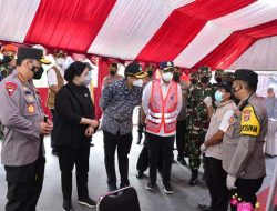 Panglima TNI dan Kapolri  Tinjau Posko Penyekatan di Pelabuhan Bakauheni