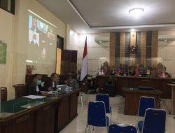 Kasus Suap Mantan Bupati Mustafa, Nunik dan Ny. Lee Mangkir di Persidangan