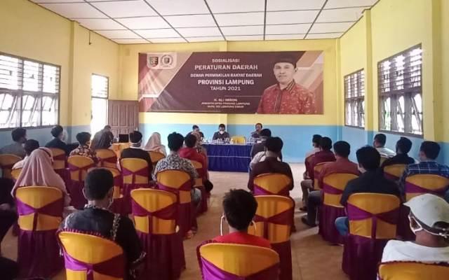 Ali Imron sosialisasikan Perda Rembuk Desa di Brasakti, Way Jepara, Lampung Timur.