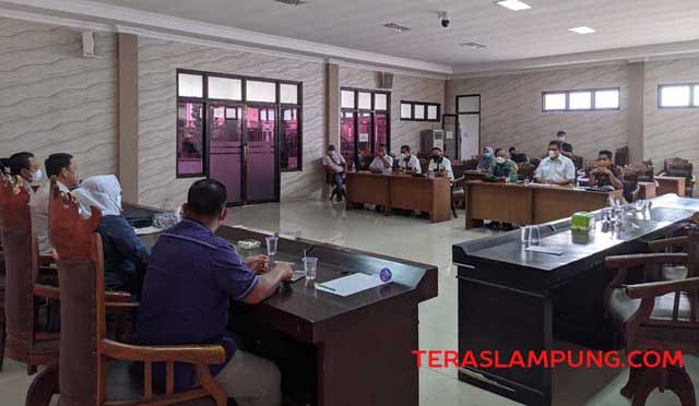 Dengar pendapat PHRI Lampung dengan Komisi II DPRD Kota Bandarlampung.