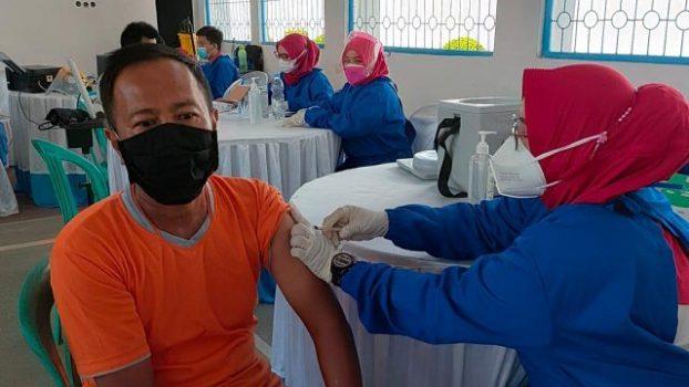 Vaksinasi di Lapas Kotaagung, Rabu (28/7/2021).
