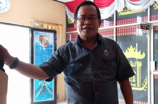 Ketua Panitia Kerja Badan Anggaran DPRD Lampung Utara, Herwan Mega menjelaskan rencana pinjaman PEN untuk tahun 2022