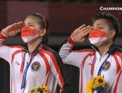 Tumbangkan China Dua Set Langsung, Greysia Polii/Apriyani Rahayu Raih Emas Olimpiade Tokyo