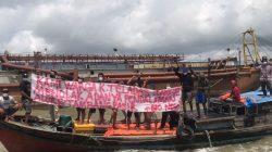 Nelayan di Kuala Teladas menolak aktivitas Pendalaman alur berkedok pertambangan oleh PT STTP.