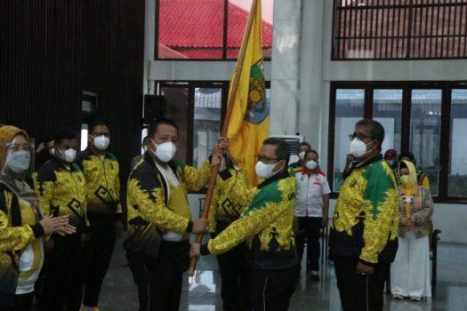 Gubernur Lampung Arinal Djunaidi melepas kontingen Lampung untuk berlaga di PON XX di Papua, Jumat (10/9/2021).