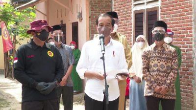 Tinjau Vaksinasi Pintu ke Pintu di Aceh dan Sumut, Ini Kata Presiden Jokowi