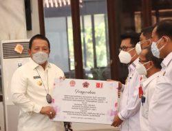 Yayasan Thay Hin Bio, Yayasan Dharma Bhakti, dan Sungai Budi Group Serahkan Bantuan 5.000 Alat Rapid Test Antigen