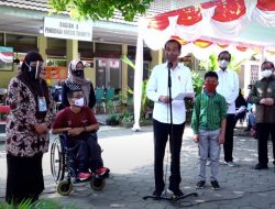 Tinjau Vaksinasi Disabilitas dan Abdi Dalem Kraton Yogya, Ini Kata Presiden Jokowi