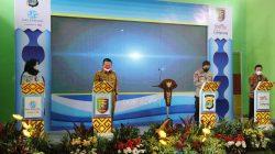 Gubernur Lampung Arinal Djunaidi meresmikan E-Samdes atau Samsat Desa Elektronik di Lampung Tengah, Selasa (14/9/2021).