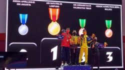 Karateka Lampung Ari Saputra meraih emas di cabang karate PON Papua, Rabu (13/10/2021).