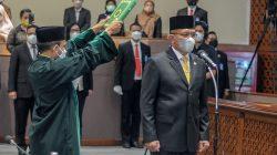 Sekjen DPP Partai Golkar Letjen TNI (Purn) H. Lodewijk F Paulus resmi dilantik sebagai Wakil Ketua DPR RI menggantikan Azis Syamsuddin dalam Rapat Paripurna DPR RI ke-6 Masa Persidangan I Tahun Sidang 2021-2022, di Gedung Nusantara II, Kompleks Parlemen, Senayan, Jakarta, Kamis (30/9/2021).