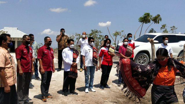Pelepasan transmigran di Sumba Timur, Jumat (22/10/2021). Foto: dok Kemendes PDTT